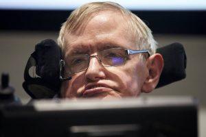 Stephen-Hawking-300x200 Morre o físico Stephen Hawking aos 76 anos no Reino Unido