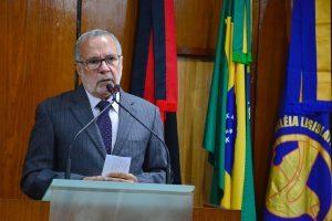 carlos-batinga-300x200 Após desistência de Luciano Cartaxo de disputar o governo, Carlos Batinga analisa futuro político