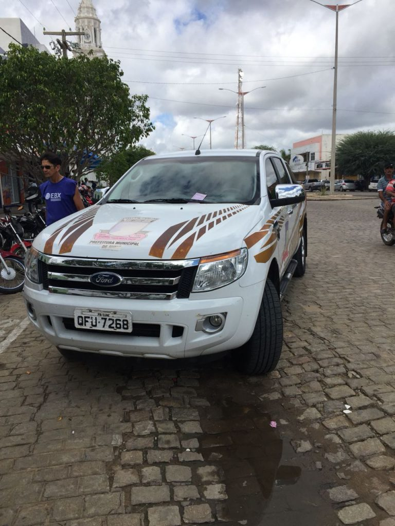 carro-da-prefeitura-de-sumé-768x1024 Em Monteiro: Carro da Prefeitura de Sumé é Multado pela Fiscalização de Trânsito, por estacionar em local proibido