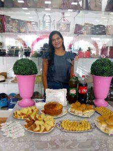 e871b195-e848-4ae7-9228-288e7f4f89aa-225x300 Lojas OLINDINA, realiza dia especial à mulher com café da manhã e muitas promoções