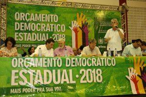 ricardo_ode_sume-300x200-300x200 Ricardo participa de audiência do Orçamento Democrático e entrega benefícios para o Cariri