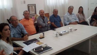 z Vereadores prestigiam posse de novos agentes comunitários de saúde