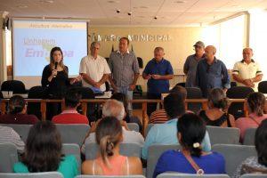 LORENA-300x200 Anna Lorena participa do primeiro dia do Curso de Avicultura oferecido pela prefeitura