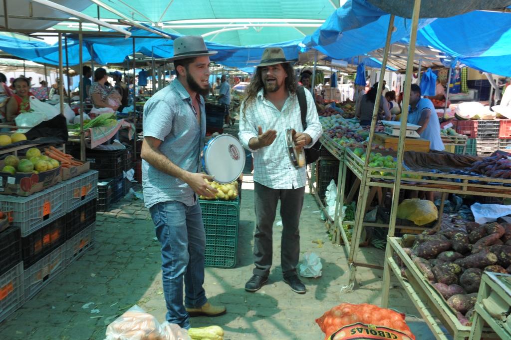 cultura-na-feira-2018_ Cultura na Feira atrai atenção da população e comerciantes na feira livre de Monteiro