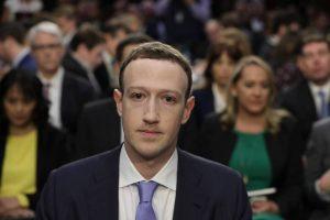 dono-do-facebook-300x200 Senador pressiona Zuckerberg em depoimento e o acusa de negligência