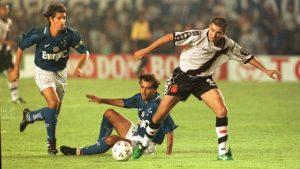 xvasco-cruzeiro.jpg.pagespeed.ic_.-kZOoJiHvG-300x169 Duelo entre Cruzeiro e Vasco vale desempate em histórico do clássico na Libertadores