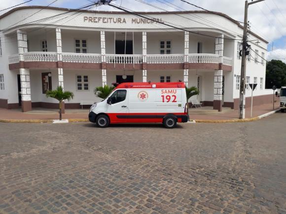 1524059500 Monteiro prioriza abastecimento de ambulâncias e veículos de serviços essenciais