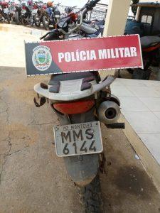 IMG-20180515-WA0129-225x300 Moto utilizada em assalto é encontrada abandonada em matagal na BR-110 em Monteiro.