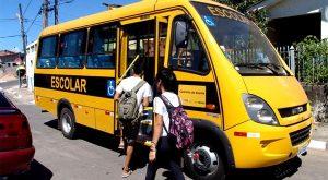 alunos-onibus-escolar-1-300x165 Secretaria de Educação do Estado emite nota sobre transporte escolar em Monteiro