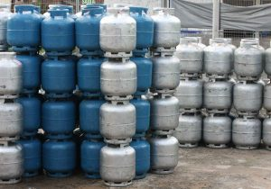 botijao-gas-300x210 Em Monteiro: Preço do botijão de gás dispara, chega a R$ 90, e deve subir ainda mais