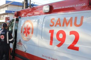 samu-ambulancia_foto-walla_santos-300x200 Acidente de moto deixa homem ferido em Sumé