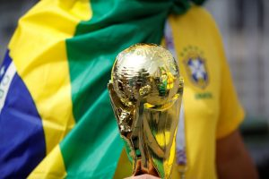 2018-06-14t111809z_1619862755_rc1ea884dbd0_rtrmadp_3_soccer-worldcup-rus-sau-300x200 Em busca do hexa, Brasil estreia hoje na Copa contra a Suíça