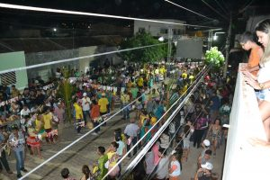 2ba574a6-5fd1-43eb-bc58-90575df132a2-300x200 Confira fotos do Festival de Quadrilhas Juninasde Monteiro