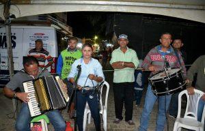 909e6bea-9dfc-429b-9105-5149dc13c30b-300x192 Confira fotos do Festival de Quadrilhas Juninasde Monteiro