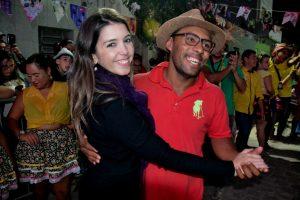 aa0228af-ef67-42d3-ba40-c814a3e64ca1-300x200 Confira fotos do Festival de Quadrilhas Juninasde Monteiro