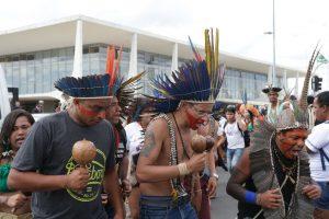 antcrz_abr1906184452-300x200 Índios e quilombolas protestam por bolsas de estudos em universidades