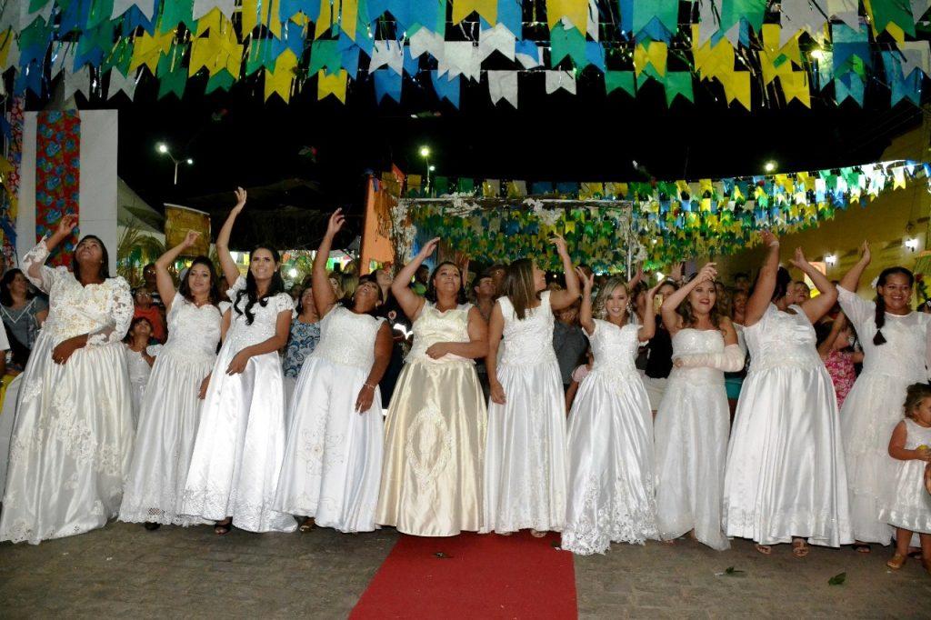 casamento-comunitario-201810-1024x682 Casamento Comunitário é celebrado com muito forró e emoção em Monteiro