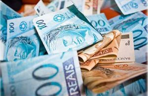 dinheiro-pis-pasep-close-300x195 Prefeituras da Paraíba recebem mais de R$ 78,7 milhões de FPM nesta sexta-feira