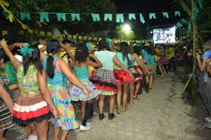 ea810ee2-a8db-428a-9fbb-784a7b9a311d-300x200 Confira fotos do Festival de Quadrilhas Juninasde Monteiro
