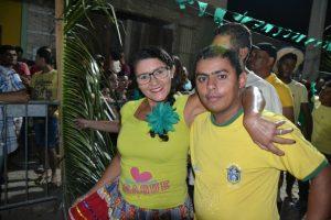 eda78bcc-e38b-4fe5-b039-1c528873f044-300x200 Confira fotos do Festival de Quadrilhas Juninasde Monteiro