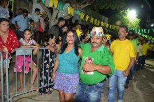 fc058178-b872-48f5-802d-f2eff0eec586-300x200 Confira fotos do Festival de Quadrilhas Juninasde Monteiro