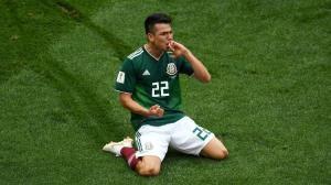 """lozano-da-selecao-mexicana-comemora-apos-marcar-gol-sobre-a-alemanha-1529253994576_v2_750x421-300x168 México vence e deixa Alemanha com estreia amarga com """"olé"""""""