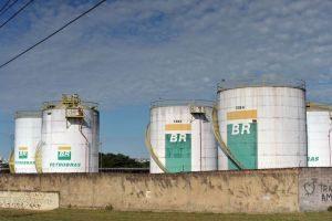 mca_abrdsc_4150-300x200 Petrobras faz acordo para encerrar ação de US$ 3 bi