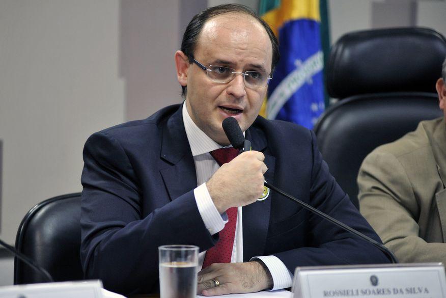 rossieli_soares_da_silva_-_ministro_da_educacao-300x200 Ministro da Educação vem à Paraíba para inaugurar unidade do IFPB em Itabaiana