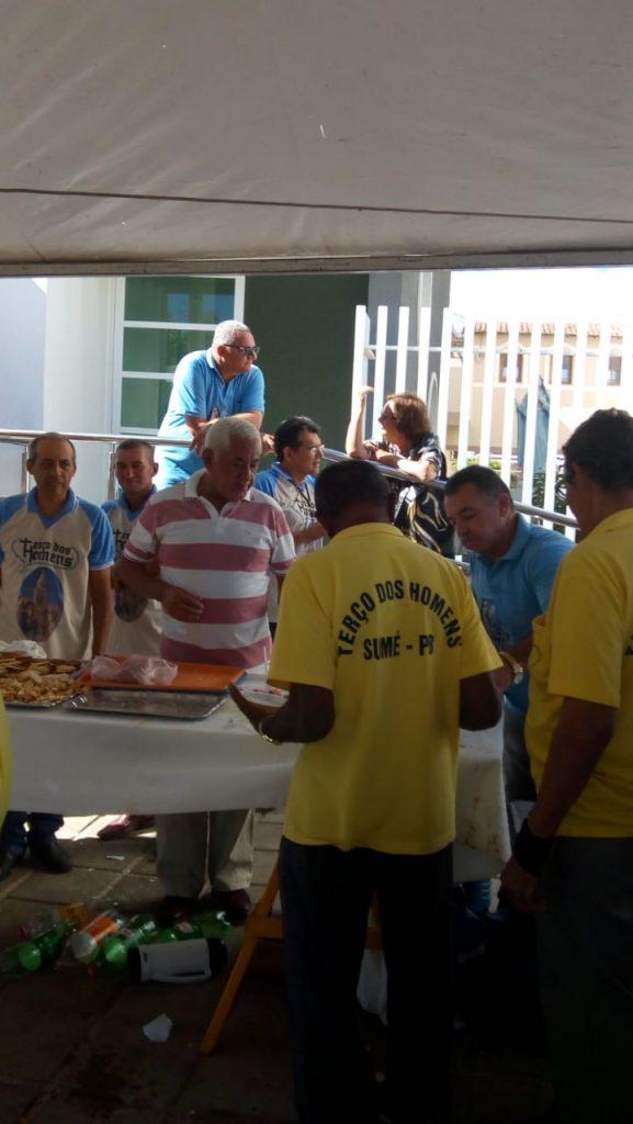 00b6aa5a-27f8-4f52-91bf-a3be5feb04e5-577x1024 Terço dos Homens de Monteiro Comemora 13º aniversário,Veja fotos