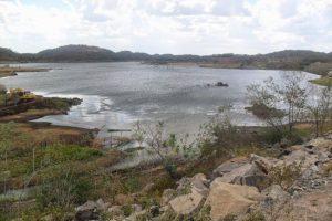 acude_camalau-300x200 Obras nos açudes de Poções e Camalaú não serão entregues no prazo, constata MPF-PB