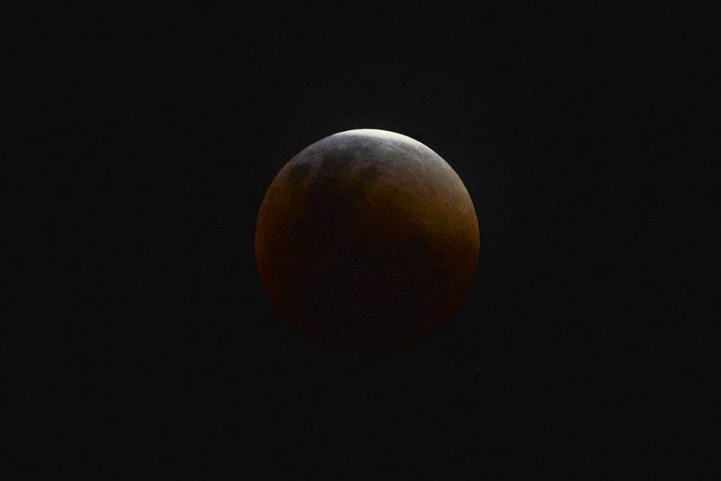 eclipse_lunar_marcello_casal_jr_abr-1024x683 Eclipse total da Lua ocorre hoje; veja dicas para acompanhar