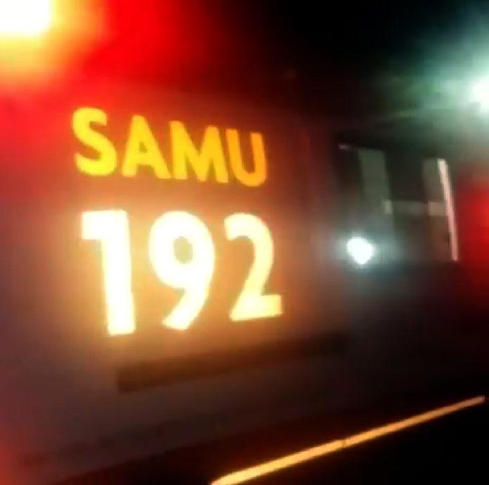 samu Carro capota na entrada de Sumé após colidir com cavalo