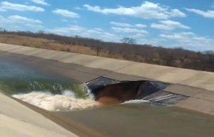 divulgaçãoEixo-300x193 Famílias são removidas de vila após vazamento em barragem em eixo da transposição em Salgueiro