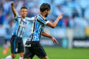 42891988970_7690fa40b9_k-1024x683-300x200 Grêmio derrota Paraná e retorna para o quinto lugar no Brasileirão