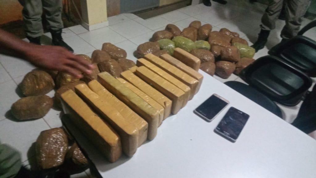 IMG-20180913-WA0012-1024x576 Polícia apreende mais de 50kg de maconha em Monteiro
