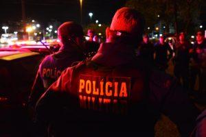 PolicialMilitar-04eac096-300x200 Homem é detido após jogar pedra e perturbar idoso de 73 anos em Sertânia