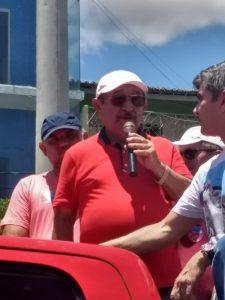 e1bf5aaf-f9fe-4194-b03d-b6d085987e9d-225x300 Zé Maranhão visita o Cariri e acreditando chegar ao 2º turno