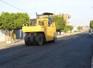 11-300x218 Monteiro ganha nova paisagem com obras de asfaltamento