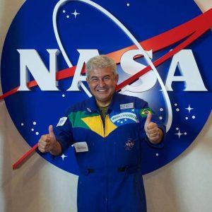 110667859303972403247438154511276859722477n-300x300 Bolsonaro confirma astronauta e mais 3 ministros do governo