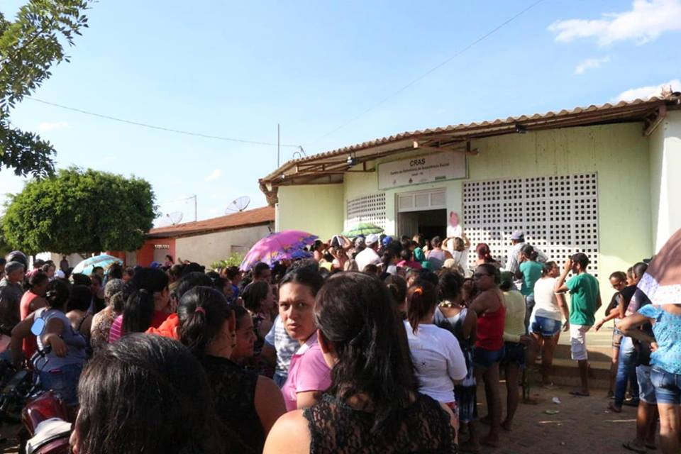43569453_1146115242217419_7736707263833833472_n Prefeitura de Zabelê realiza distribuição de 300 sextas básicas para beneficiários do Bolsa Família