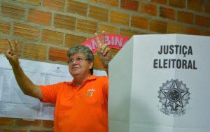 NalvaF-Eleições2018-JoãoAzevedo-e-Ricardo-Coutinho-POLITICA-8-696x439-300x189 João Azevêdo tem vitória esmagadora no Cariri; confira a votação por município