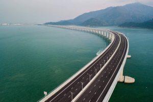 maior-ponte-marítima-do-mundo-inaugurada-na-China-300x200 Os números que revelam a grandiosidade da maior ponte marítima do mundo, inaugurada na China