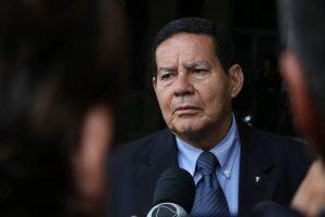 15432844765bfca6fcd980b_1543284476_3x2_lg-300x200 Lobby na infraestrutura testa proposta de Bolsonaro de pôr fim à barganha
