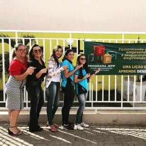 Grupo-criador-aplicativo-696x696-300x300 Estudantes da rede municipal de Monteiro criam aplicativo de compras virtuais