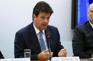 MANDETA-300x197 Bolsonaro anuncia deputado Mandetta como futuro ministro da Saúde