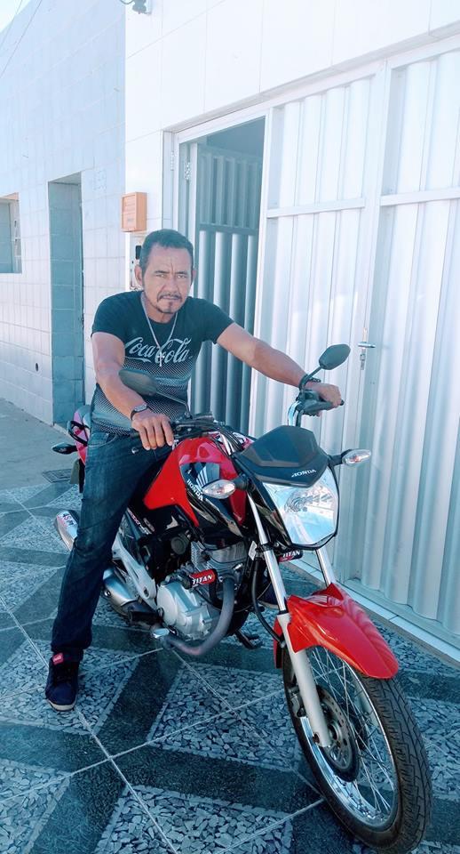 cicero Em Monteiro: Homem comete suicídio dentro da Delegacia