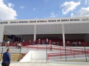 escola-01-400x300-300x225 Ricardo Coutinho inaugura Escola Técnica de Serra Branca