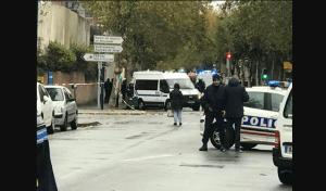 frança-1-300x176 Mulher ameaça jogar bomba em um hospital na França