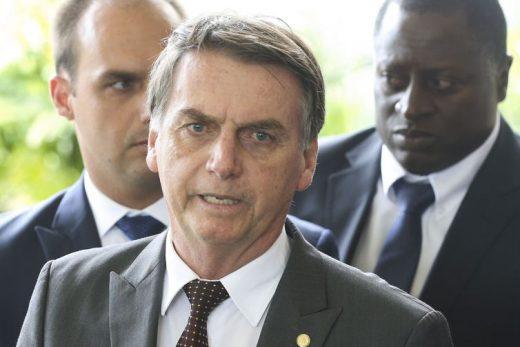 Jair-Bolsonaro-Foto-Valter-Campanato-Agência-Brasil-2-520x347 Bolsonaro reafirma compromissos de campanha pelo Twitter
