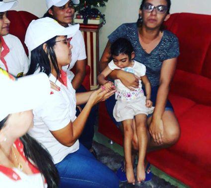 c6d2ab85-06d4-47c3-8b61-1f6b1140224d-1-425x380 Armazém Paraíba realiza ação de Natal com crianças com Microcefalia